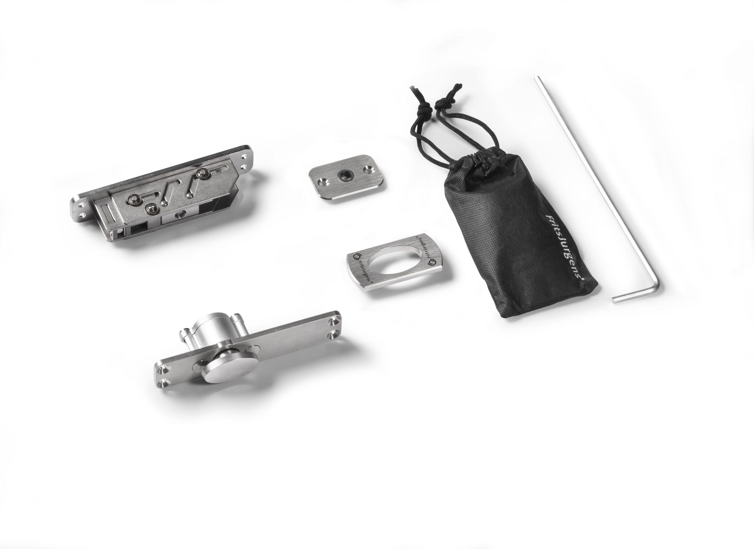 fritsjurgens-system-one-pivot-hinges-scaled.jpg