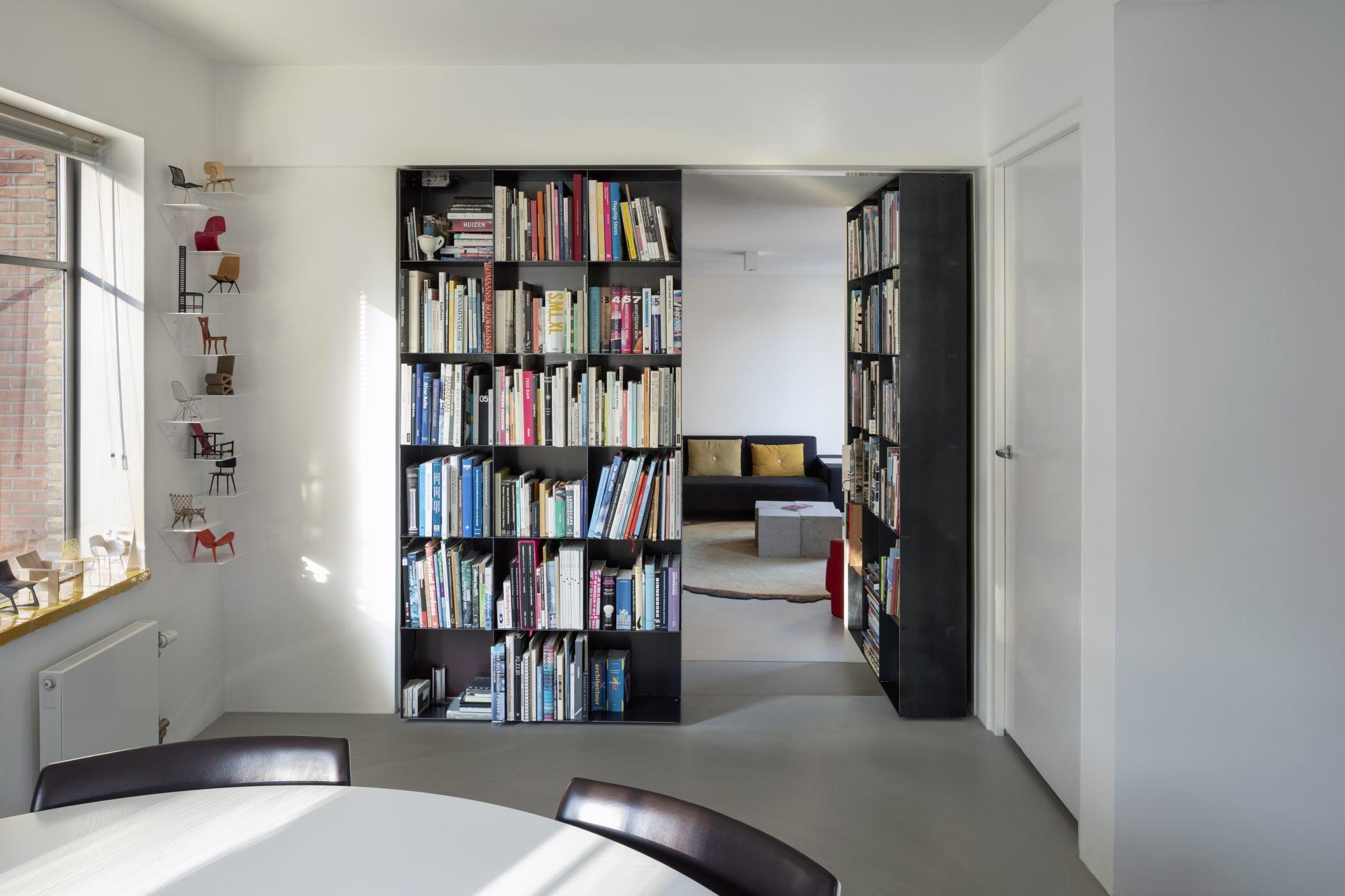 secret-pivoting-bookcase-with-fritsjurgens-pivot-hinge-system-right-door-opened-e1574332160430.jpg