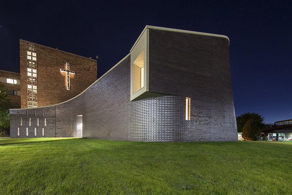 modern-church-architecture.jpg