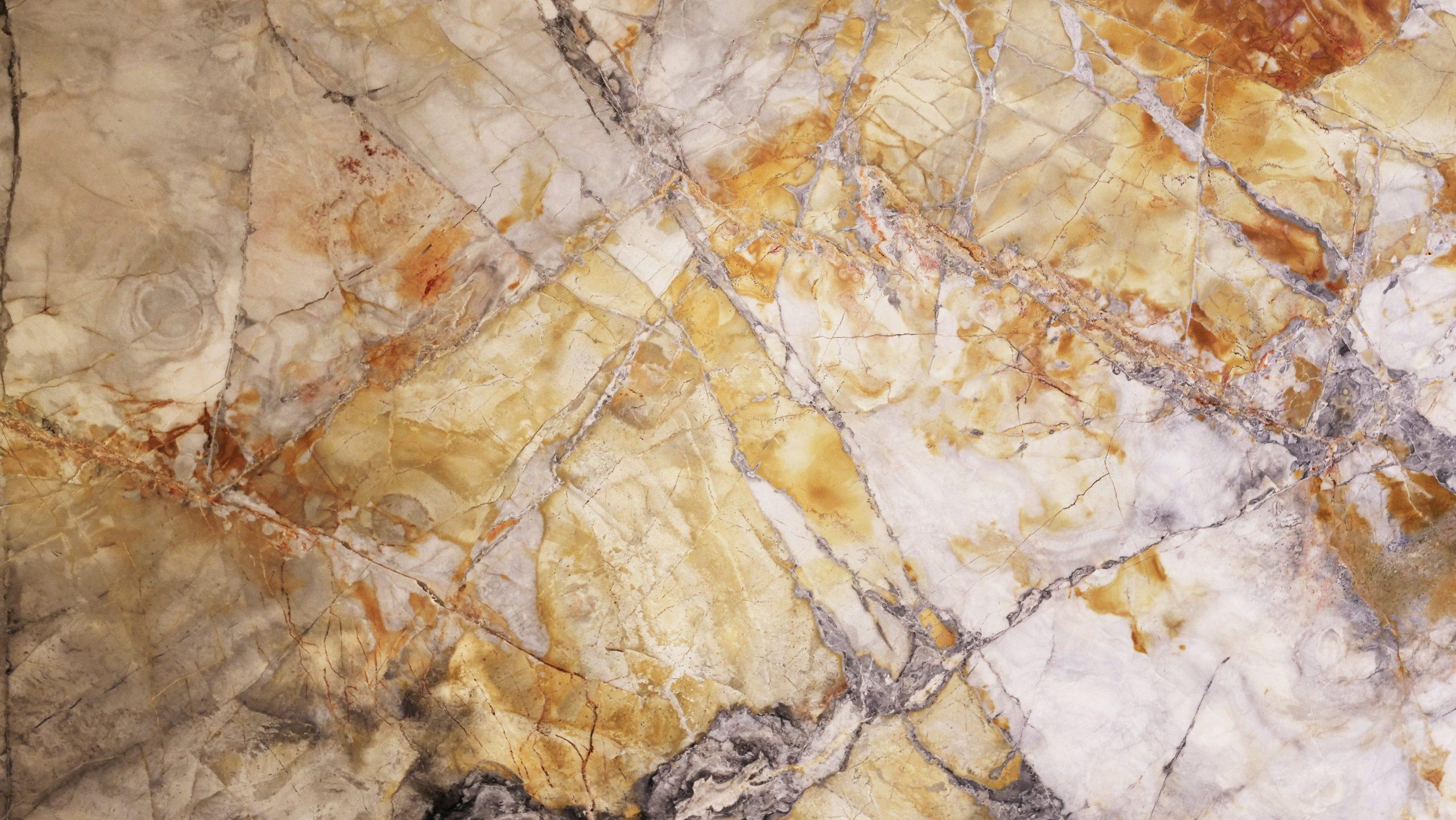 pivoting-marble-door-marble-texture-fritsjurgens-scaled.jpg